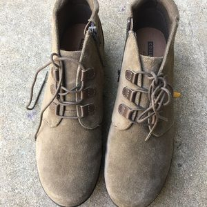 Clark's Collection Suede Lace Up Boots